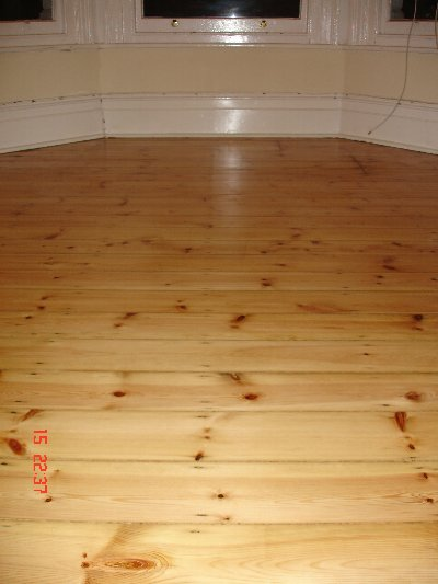 Wood Floor Varnishing